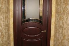 Двери из массива ясеня с обкладом